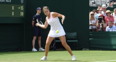WIMBLEDON DAY 2 : Out Karin Knapp 10-8 al terzo