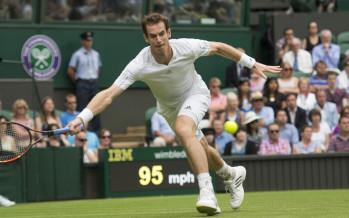 WIMBLEDON DAY 8 : Murray ai quarti, match concluso con il tetto chiuso