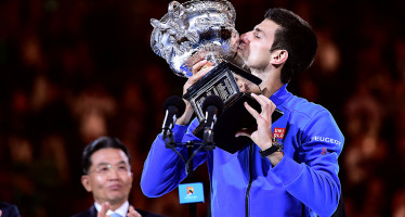 NOVAK DJOKOVIC TRIONFA  A MELBOURNE, Murray crolla al quarto set