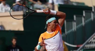 Un passacorde e una racchetta spuntata tra il caos e il Roland Garros