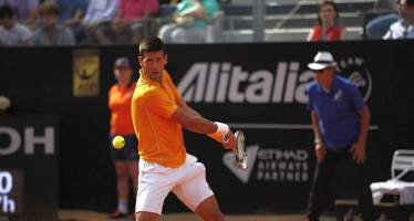 INTERNAZIONALI BNL d'ITALIA : Novak Djokovic quarto titolo a Roma, Roger Federer cede in due set
