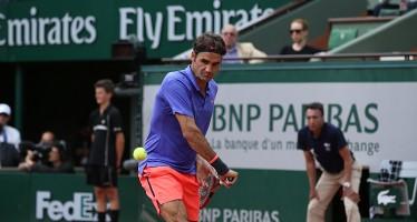 ROLAND GARROS : Federer-Monfils un set pari, si riprende domani