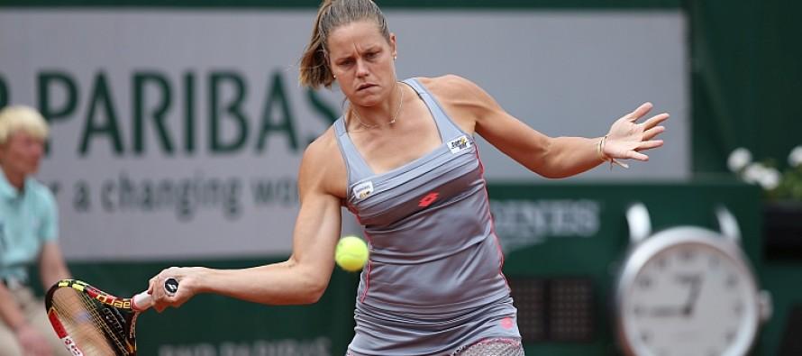 WTA CINCINNATI : Passa la Knapp, Pennetta si arrende alla Bencic.
