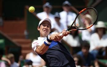 ROLAND GARROS : Nishikori annienta Gabashvili e vola ai quarti