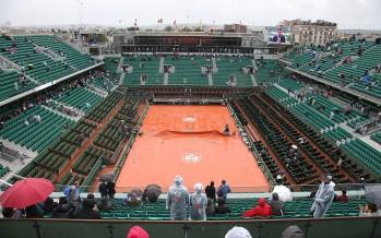 ROLAND GARROS : Match sospesi per la pioggia si riprende alle 12.45