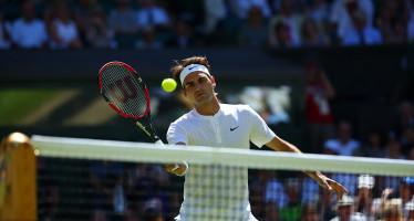 WIMBLEDON : Roger Federer magia contro Querrey