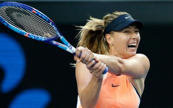 Australian Open: vittoria sofferta per Maria Sharapova. Serena devastante, brivido per la Radwanska
