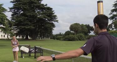 """""""New balls please"""" : Colpo basso della Sharapova a Djokovic"""