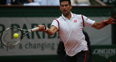 ROLAND GARROS : Djokovic domina Bautista-Agut in tre atti