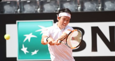 Internazionali BNL d'Italia: Nishikori soffre contro Troicki, vincono anche Chardy e Kohlschreiber