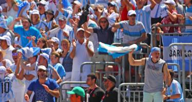 Hinchada Argentina de Copa Davis. Vamos vamos a gagnar!
