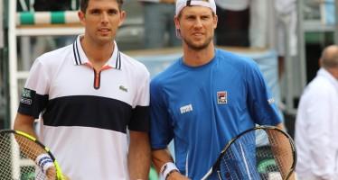 Coppa Davis : Delbonis avanti di un set