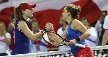 FED CUP 2016 : Barbora Strycova annulla Alizé Cornet, si va al doppio decisivo