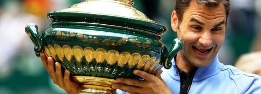 ATP 500 HALLE : Roger Federer lezione d'erba a Alexander Zverev