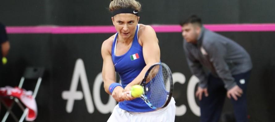 FedCup Italia-Spagna 0-1 : Sara Errani domina il primo set