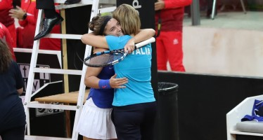 FedCup Italia-Spagna 1-1 : Sara Errani annienta la Arruabarrena e conquista il punto del pareggio